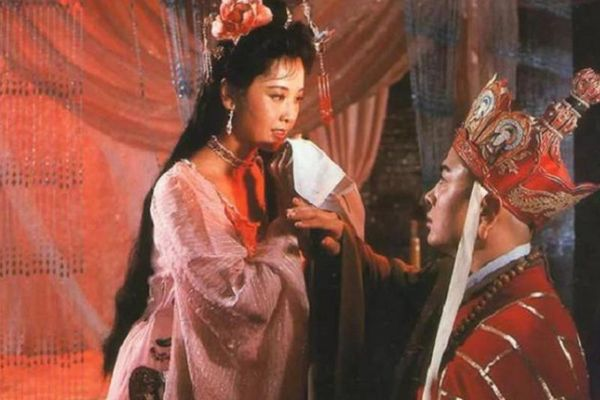 Đường Tăng chỉ lợi dụng Nữ vương Tây Lương?