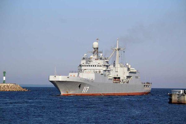 Tàu đổ bộ cỡ lớn 'Petr Morgunov' chuẩn bị gia nhập Hạm đội Phương Bắc