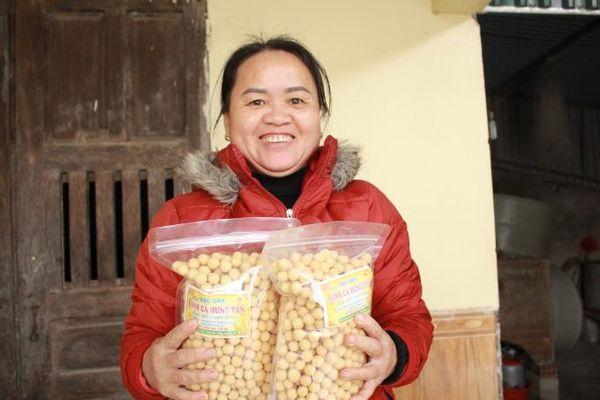Nghệ An: Làng nghề bánh cà Hưng Tân đỏ lửa ngày giáp Tết