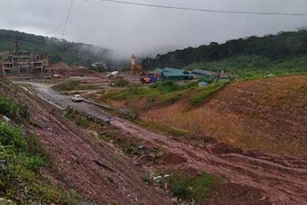 Cần đầu tư sửa chữa quốc lộ 15D đến Cửa khẩu Quốc tế La Lay
