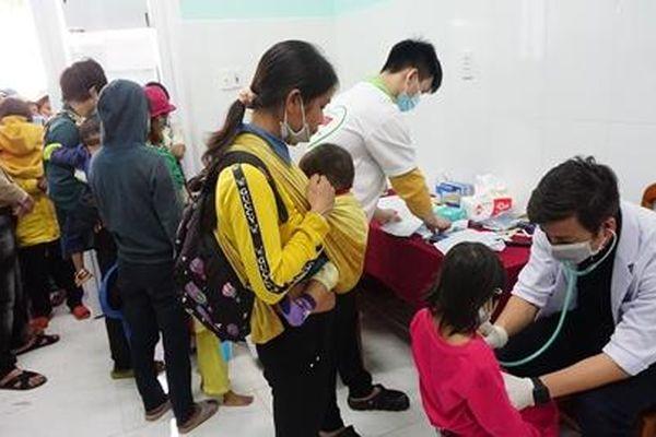 Khám và phát thuốc miễn phí cho gần 1.500 người dân huyện Nam Trà My