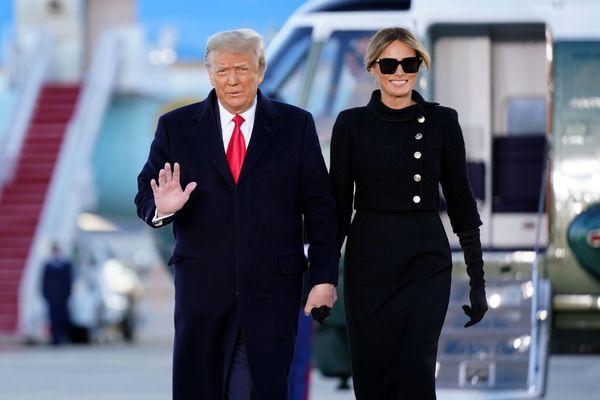 21 phát đại bác vang lên trong lễ tạm biệt Tổng thống Trump