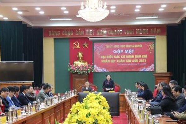 Bí thư Thái Nguyên đánh giá cao vai trò của Báo Nông nghiệp Việt Nam