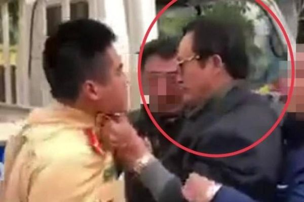 Phạt Chi cục trưởng say xỉn tát thẳng vào mặt CSGT 38 triệu