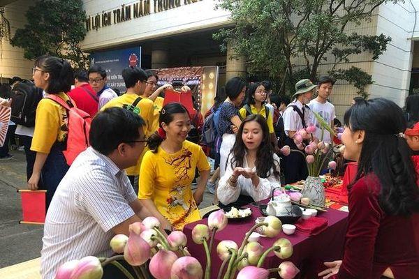 TPHCM: Giáo viên được chi quà Tết Tân Sửu 1,5 triệu đồng