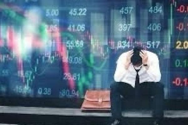 Tin nhanh thị trường chứng khoán ngày 19/1: Bất ngờ 'đo ván'