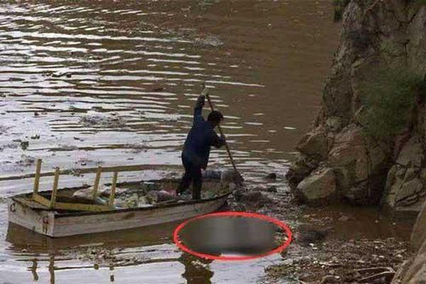 Nghề vớt xác trên sông kỳ bí bậc nhất Trung Quốc: Những điều cấm kỵ và công việc 'chạy giữa 2 bờ sinh - tử' mà không phải ai cũng thấu hiểu