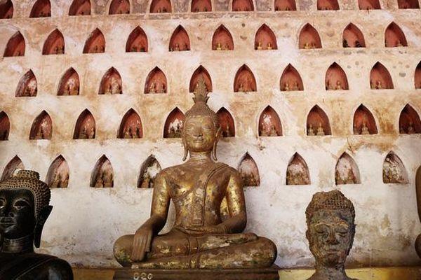 Thăm ngôi chùa có gần 7.000 tượng Phật của Lào