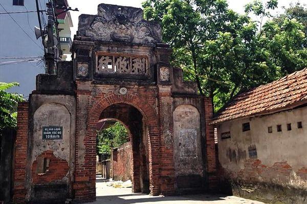 Cổng làng và sự biến dịch văn hóa