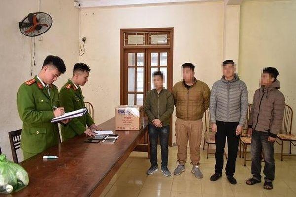 4 thanh niên bị xử lý về hành vi đốt pháo
