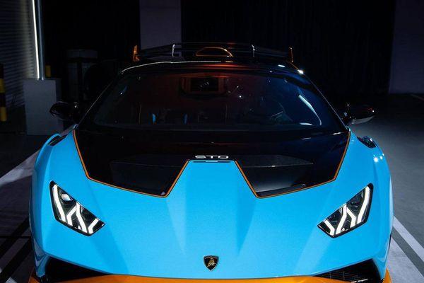 Lamborghini Huracan STO ra mắt tại Thái Lan, giá gần 1 triệu USD