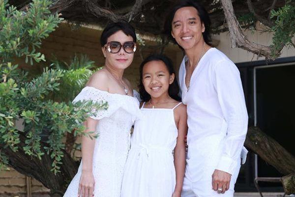 Khoảnh khắc hạnh phúc của Việt Hương bên ông xã và con gái
