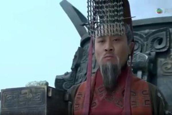 Tam quốc diễn nghĩa: Việc đầu tiên Lưu Bị làm sau khi xưng đế