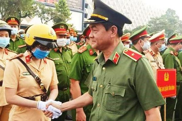 Triển khai lực lượng cảnh sát vũ trang bảo vệ Cảng hàng không quốc tế Tân Sơn Nhất