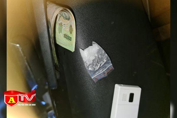 Công an quận Thanh Xuân tạm giữ hình sự đối tượng tàng trữ ma túy