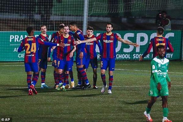 Hỏng phạt đền 2 lần, Barcelona thắng khó đội hạng ba