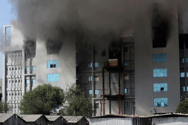 Cháy xưởng sản xuất vaccine lớn nhất thế giới, năm người chết