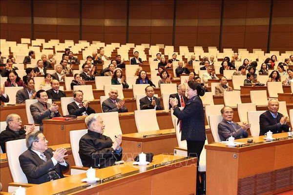 Chủ tịch Quốc hội chúc Tết nguyên lãnh đạo Quốc hội, cán bộ nghỉ hưu của VPQH