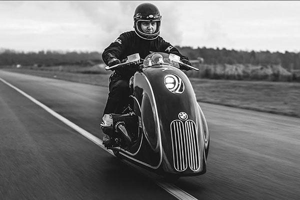 Xe môtô R18 độ lưới tản nhiệt 'mũi trâu' của ôtô hạng sang BMW