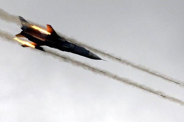 Không quân Nga 'dội bão lửa' hủy diệt loạt nhóm khủng bố tại Syria