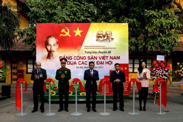 Triển lãm chuyên đề 'Đảng Cộng sản Việt Nam qua các kỳ Đại hội' trước thềm Đại hội Đảng lần thứ XIII