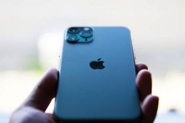 Điện thoại iPhone giữ giá nhất trong năm 2020