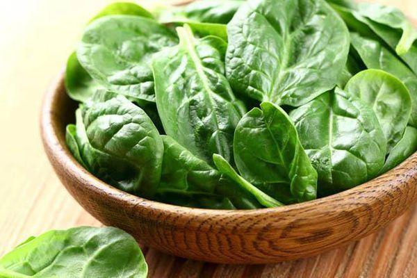 Những loại rau nào không nên dùng để ăn lẩu?
