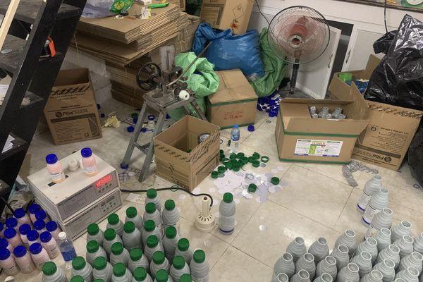 Công an TP.HCM bắt gọn đường dây sản xuất thuốc trừ sâu giả quy mô lớn