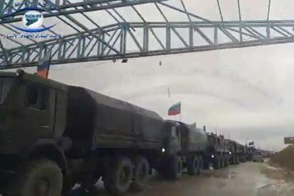 Nga tiếp tục tăng cường quân tiếp viện và thiết bị hạng nặng tới Đông Bắc Syria