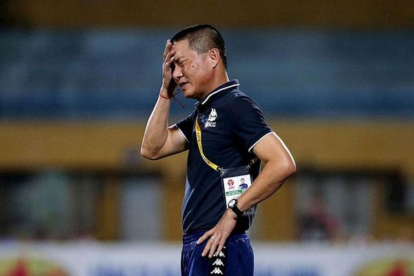 HLV Chu Đình Nghiêm lo CLB Hà Nội không vào được top 6