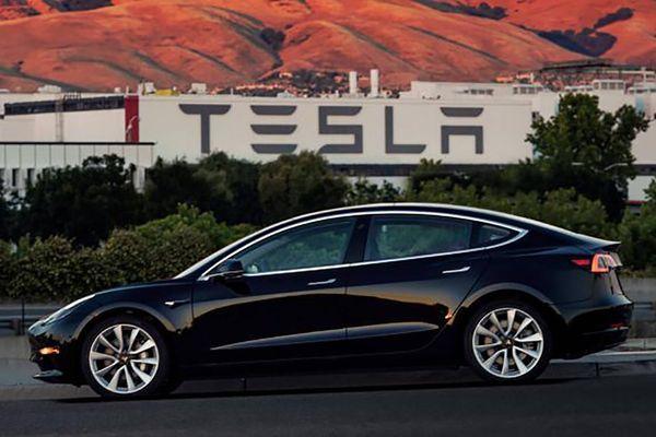 Tesla kiện nhân viên mới đi làm 3 ngày đã lấy trộm 6.000 tài liệu mật