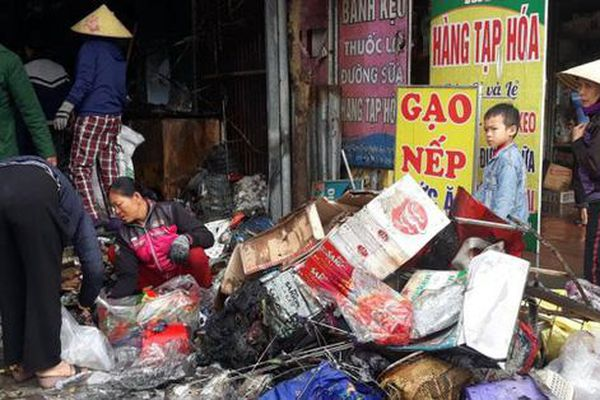 Nghệ An: Cháy cửa hàng tạp hóa, toàn bộ hàng hóa phục vụ Tết bị thiêu rụi