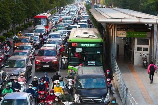 Từ ngày 1/2, Hà Nội sẽ mở thêm 4 tuyến xe buýt mới ra khu vực ngoại thành
