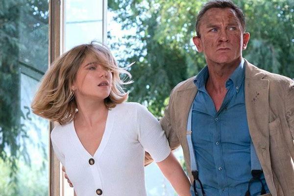 '007: No Time to Die' và tương lai của các phim bom tấn trong năm 2021