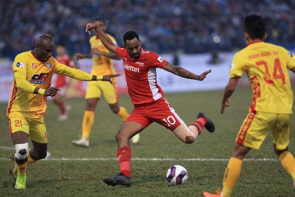 Vòng 2 V-League 2021: Thi đấu mờ nhạt, Viettel và Thanh Hóa có điểm số đầu tiên trong mùa giải mới