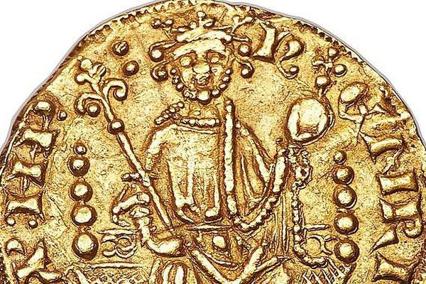 Đồng xu vàng gần 800 tuổi có giá khoảng 17 tỷ đồng