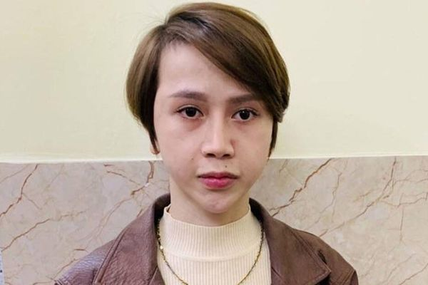 Chân dung Lương 'pê đê' điều hành môi giới mại dâm 7000 USD: Nghiện ma túy, gương mặt nhiều lần chỉnh sửa