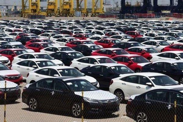 Sát Tết, hơn 400 ô tô nguyên chiếc 'đổ bộ' Việt Nam mỗi ngày
