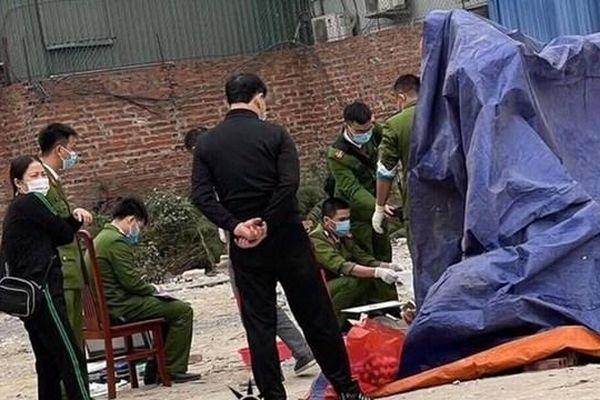 Thai nhi còn nguyên dây rốn bị vứt bỏ ở bãi rác gần khu công nghiệp Yên Phong