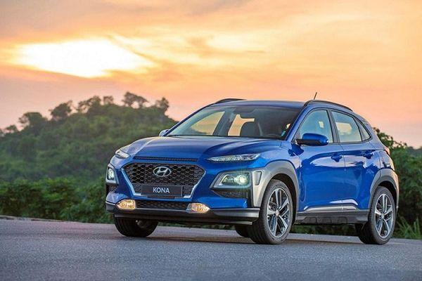 Hyundai Kona được đại lý giảm tới 20 triệu, Kia Seltos dè chừng