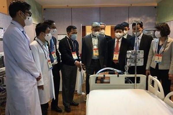Khoảng 500 cán bộ y tế phục vụ Đại hội XIII