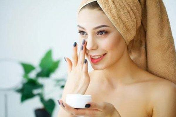 Bí quyết giúp bạn tăng hiệu quả kem dưỡng ẩm