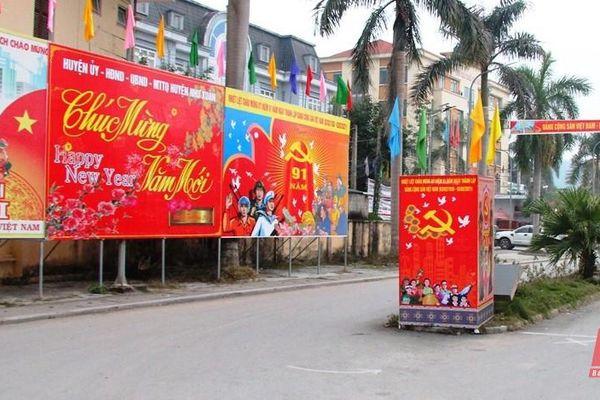 Vùng cao rực rỡ màu cờ chào mừng Đại hội lần thứ XIII của Đảng