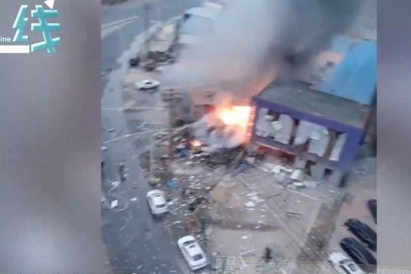 Nổ đường ống dẫn khí đốt ở khu dân cư Trung Quốc, hơn chục người thương vong