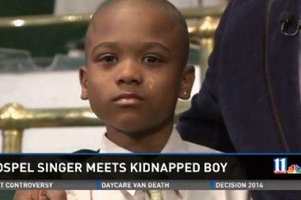Cậu bé 9 tuổi được thả tự do sau 3 tiếng bị bắt cóc nhờ một hành động ai nghe xong cũng ngỡ ngàng
