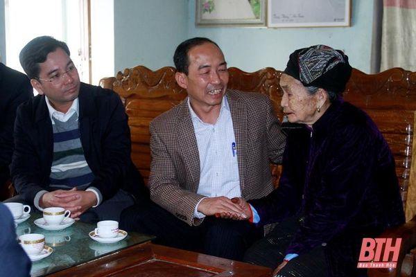 Giám đốc Sở Công thương kiểm tra tình hình sản xuất và đời sống Nhân dân huyện Thường Xuân