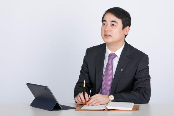 Vietcombank: Từ 'Người thong dong biết chạy' đến 'Nhà băng gánh đều hai vai'