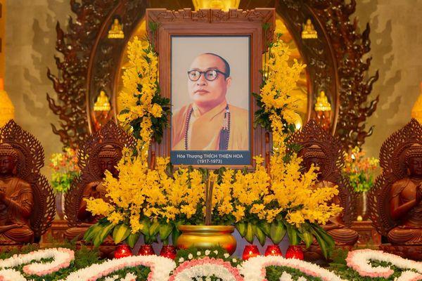 Tưởng niệm Đại lão Hòa thượng Thích Thiện Hoa tại Việt Nam Quốc Tự