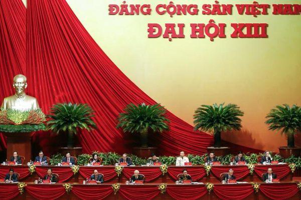 Đại hội XIII của Đảng tổ chức phiên tham luận tại hội trường