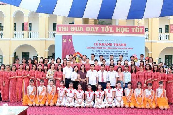 Trường THCS Thị trấn Yên Ninh (Ninh Bình): Lá cờ đầu của huyện Yên Khánh